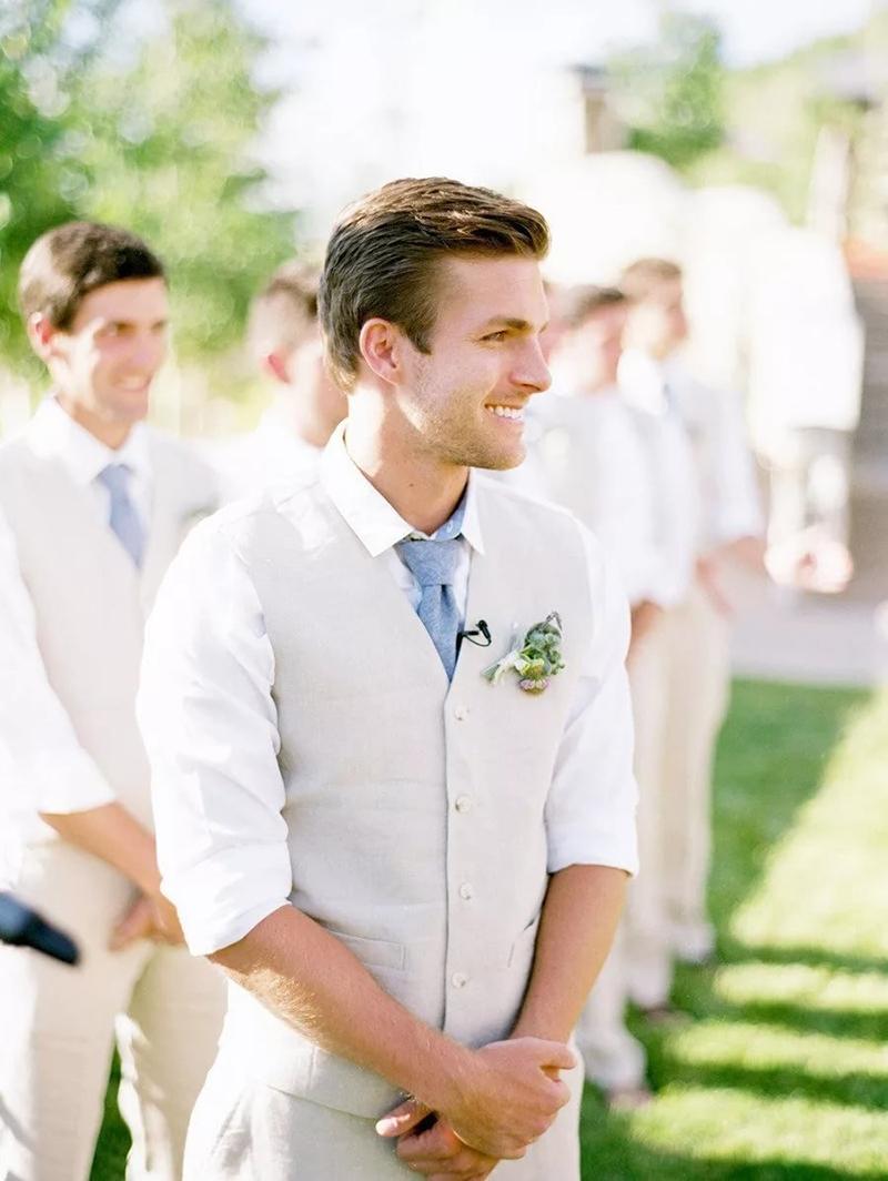 roupa de noivo para casamento no campo