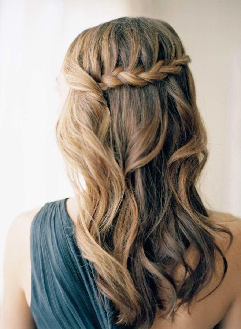 penteado-para-madrinha-de-casamento-semipreso-com-trança
