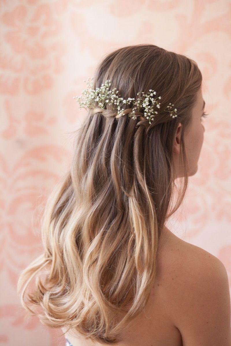 penteado-para-madrinha-de-casamento-semipreso-com-mosquitinhos