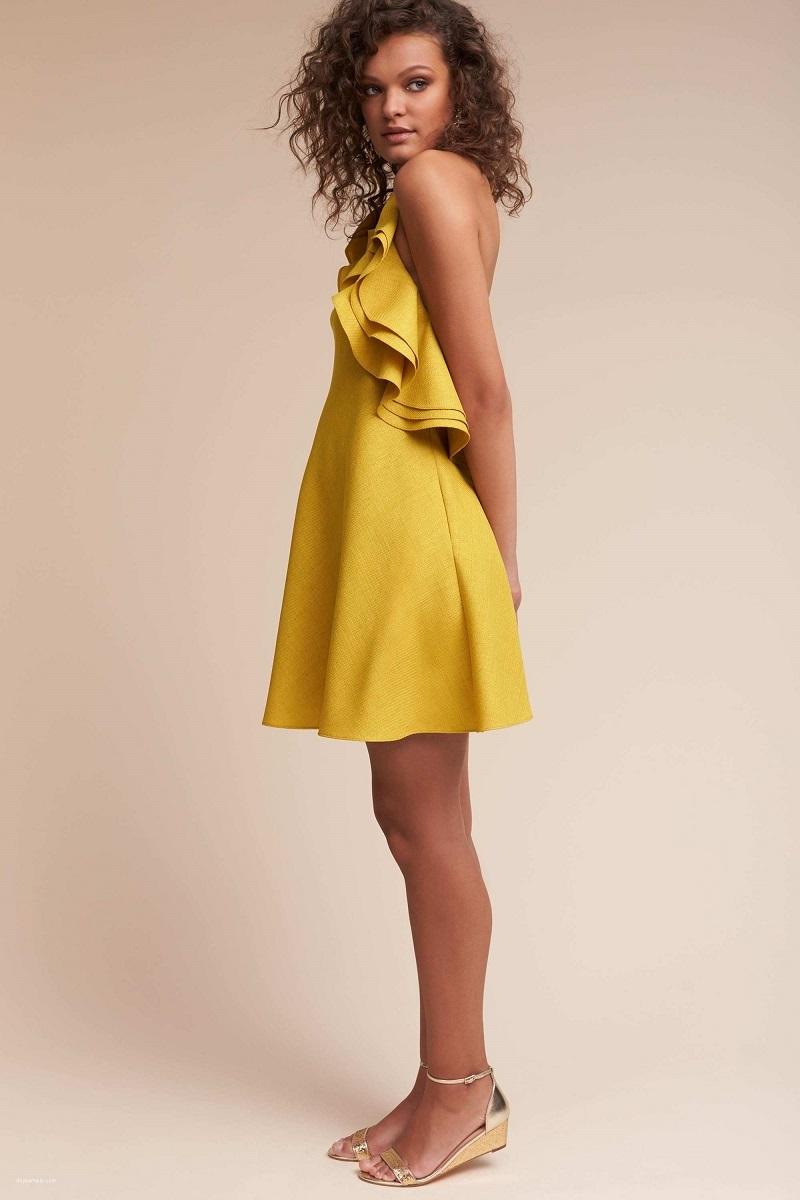 vestido-de-festa-curto-mostarda