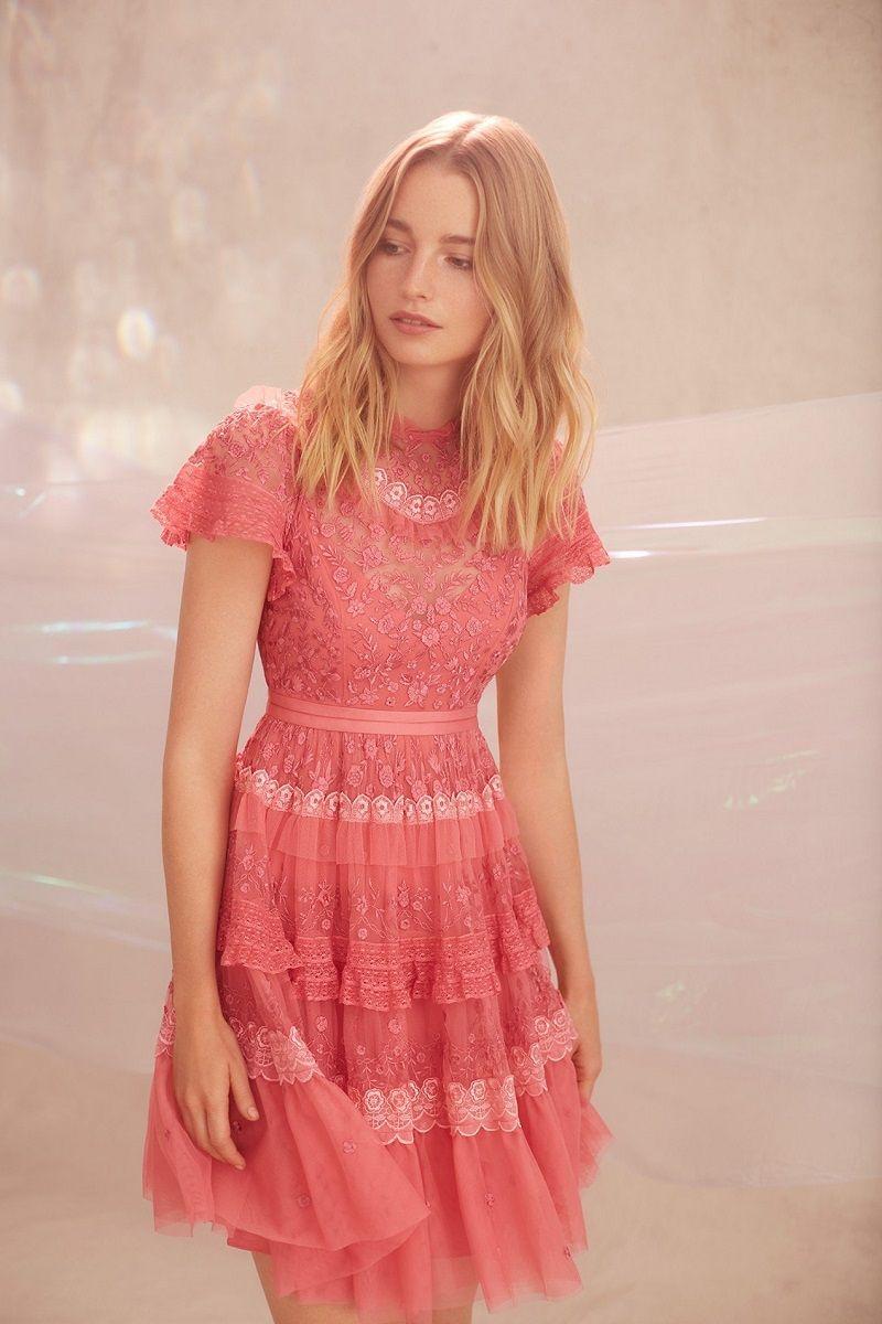 8d889b9e3 vestido-de-festa-curto-rosa-com-renda