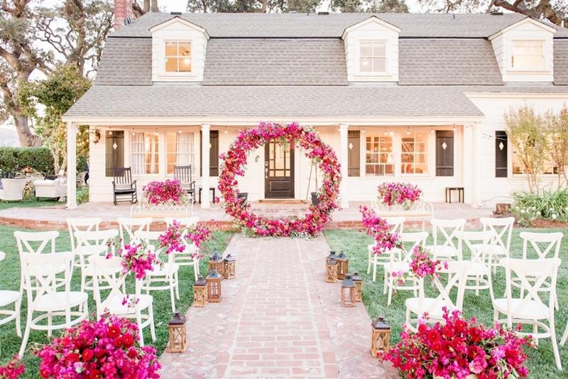 Arco De Flores No Casamento Inspirações Dicas E Cuidados