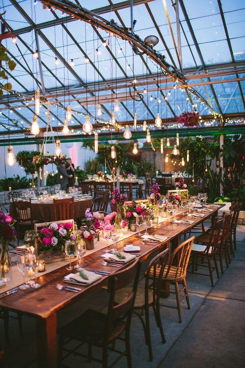 decoração-de-casamento-estilo-industrial-com-luzes-filamentos