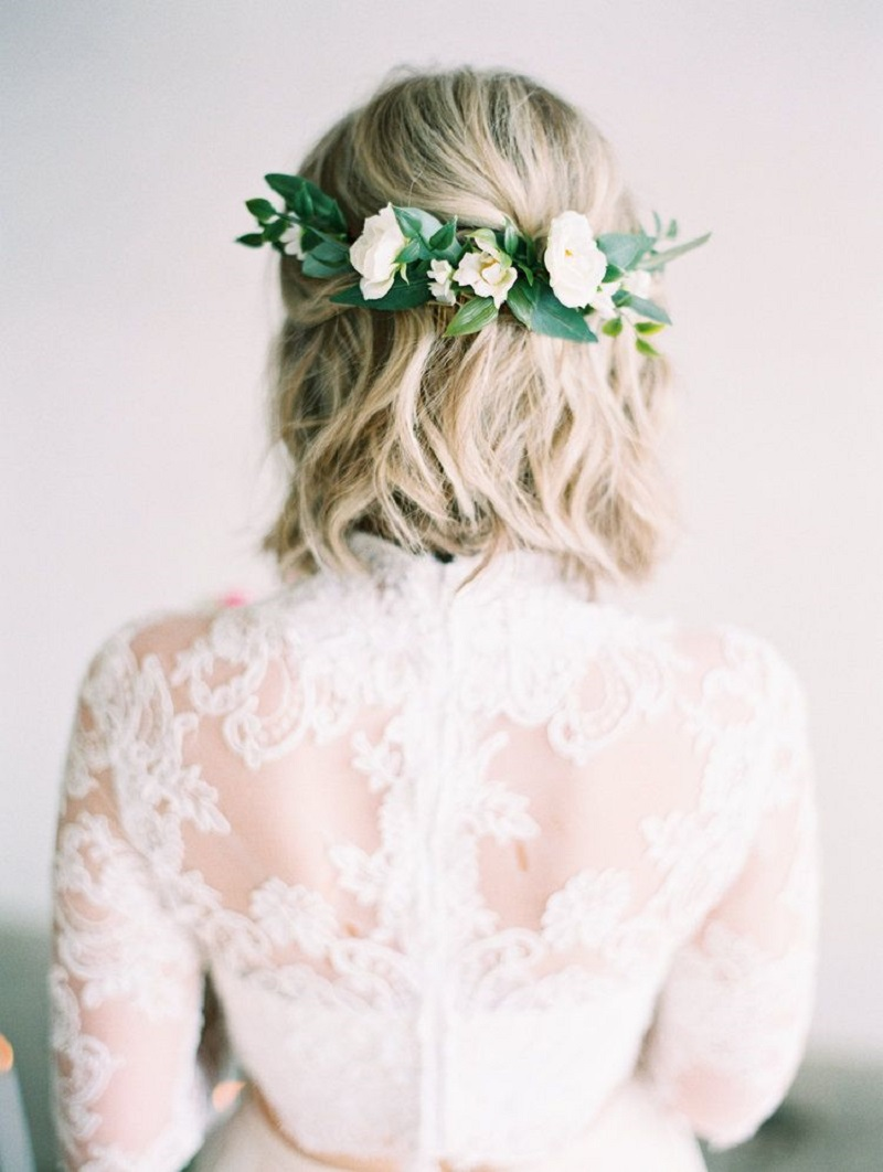 cabelo-de-noiva-com-flores