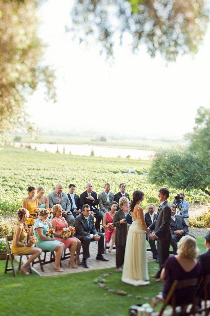 convidados-reunidos-em-casamento