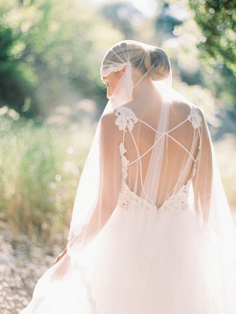 véu-de-noiva-estilo-mantilha