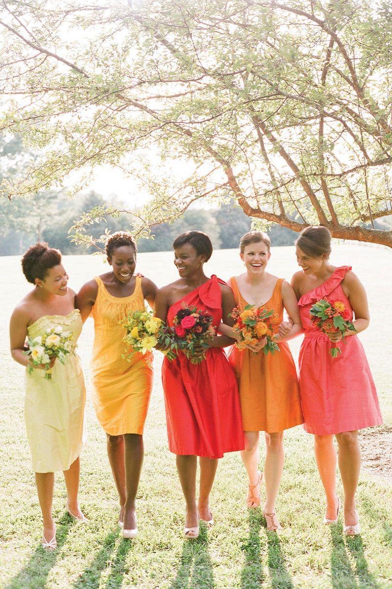 madrinhas-com-vestidos-de-cores-diferentes