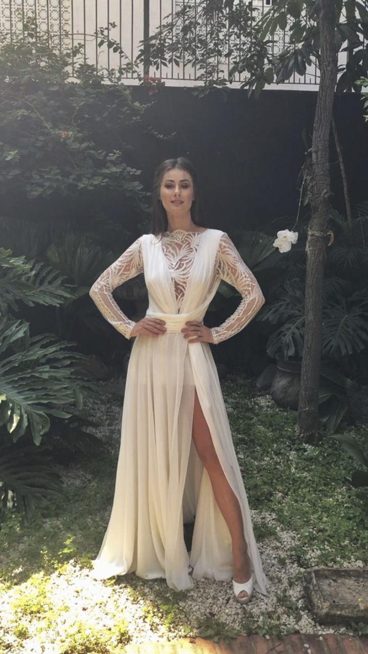 vestido de noiva com fenda da saia 2