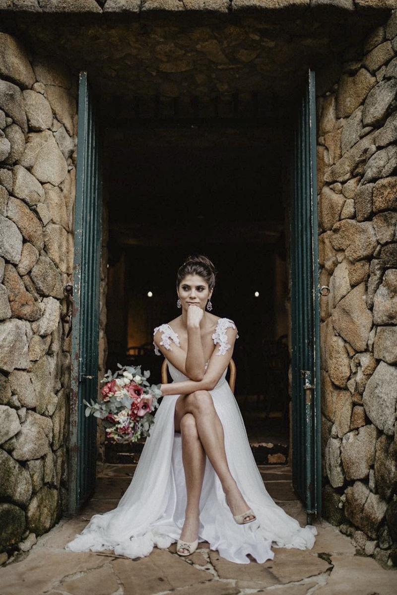 vestido de noiva com fenda na saia 2