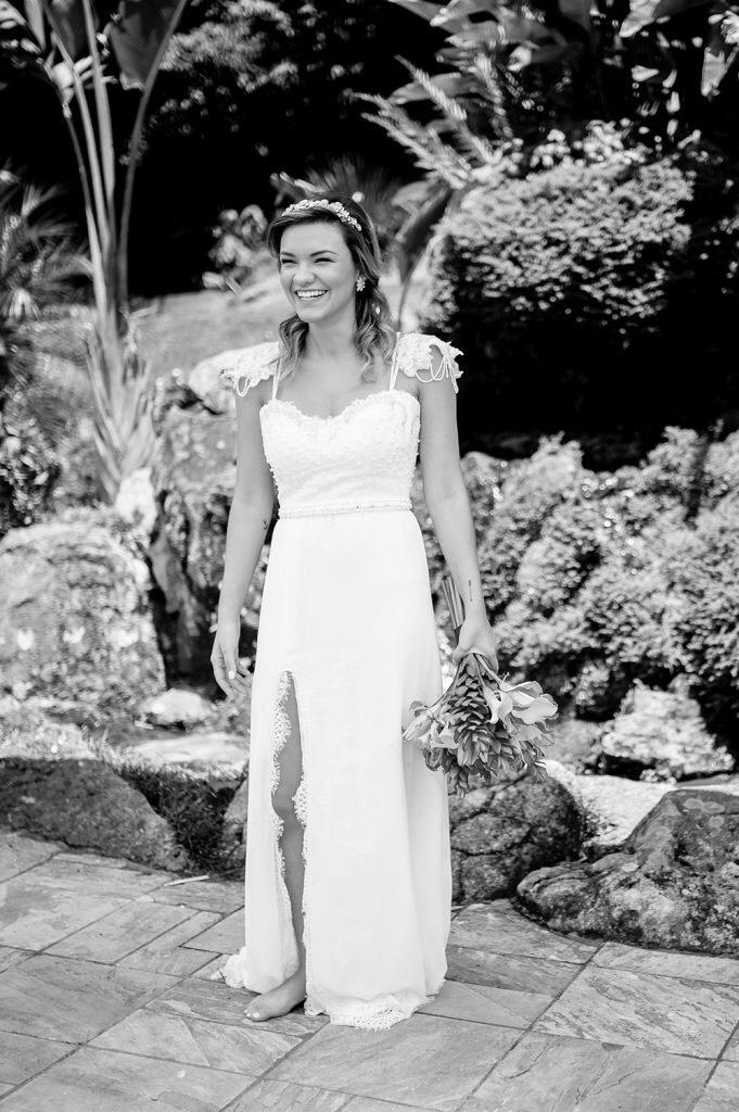 vestido de noiva com fenda na saia 5