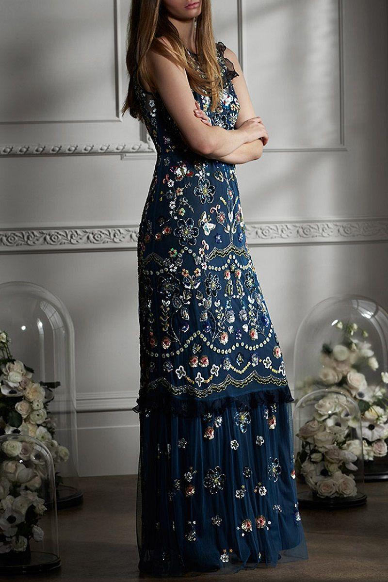 vestido-de-madrinha-azul-escuro-bordado