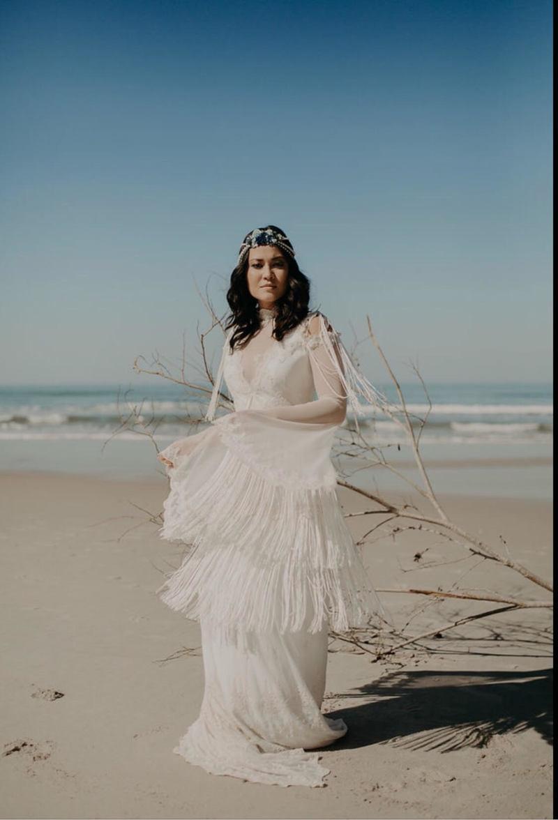 vestido de noiva com franjas