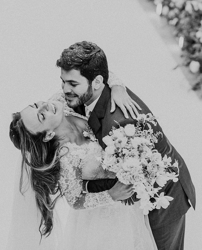 casal-comemorando-casamento