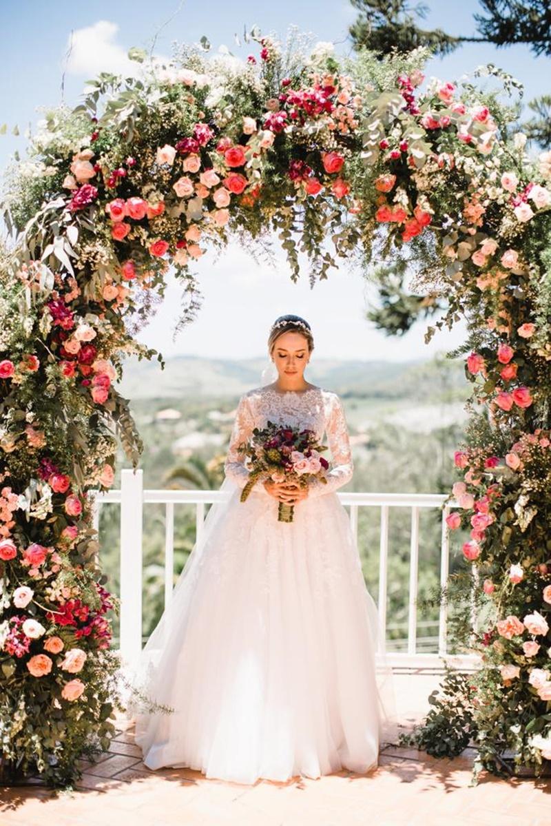 arcos florais para casamento