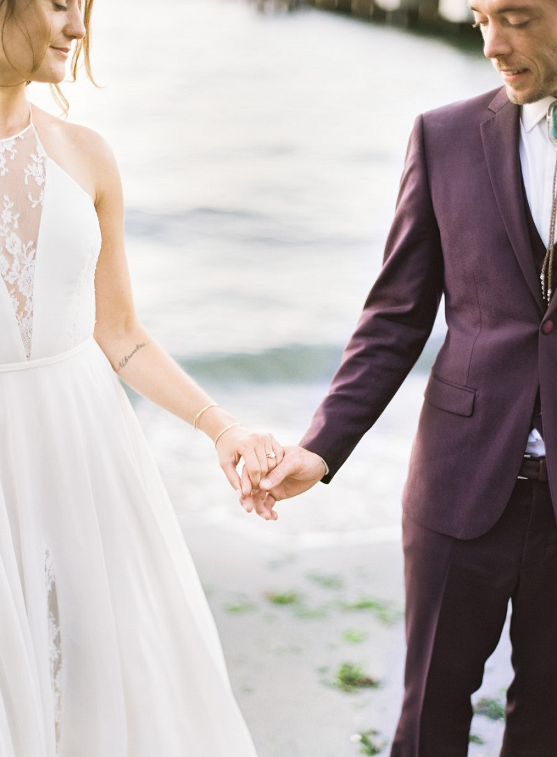 mini-wedding-na-praia-casal