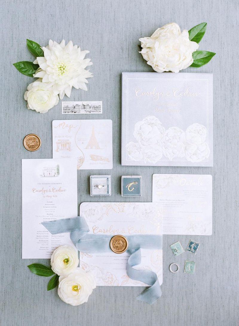 Convite de casamento clássico com detalhes minimalistas