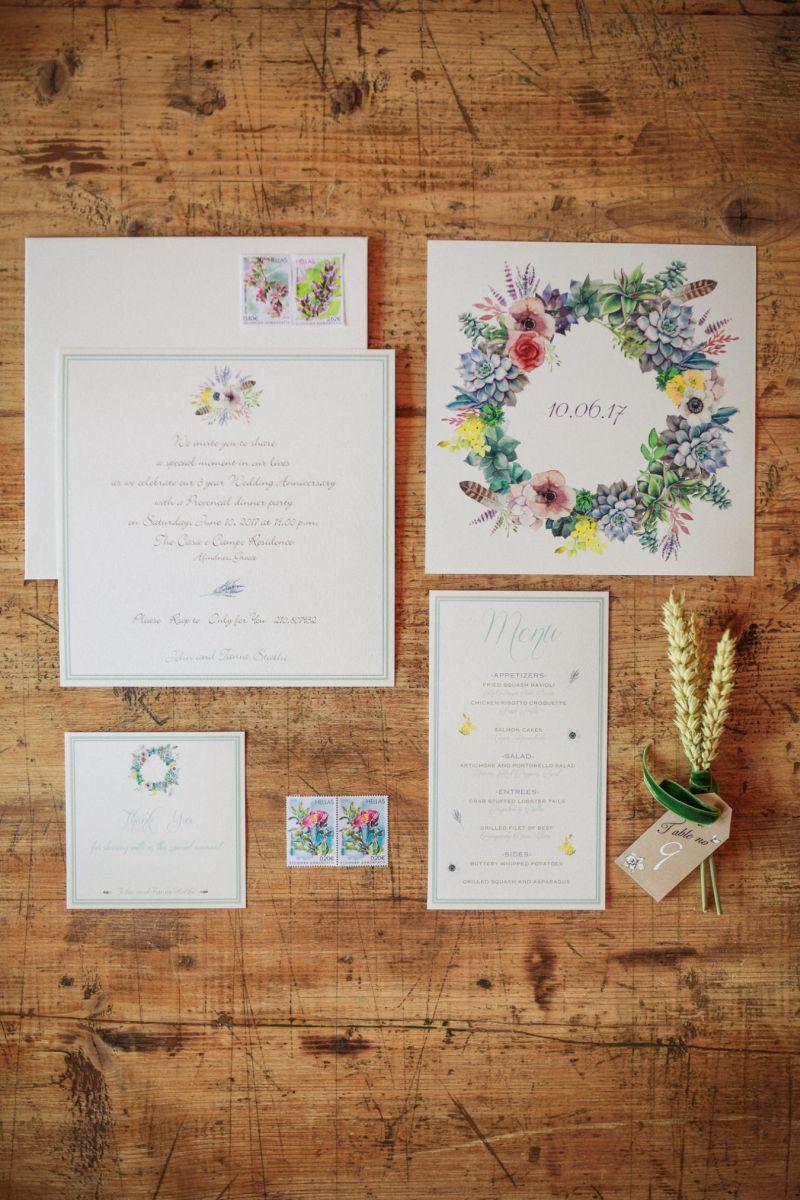 Convite de casamento com folhagens e flores