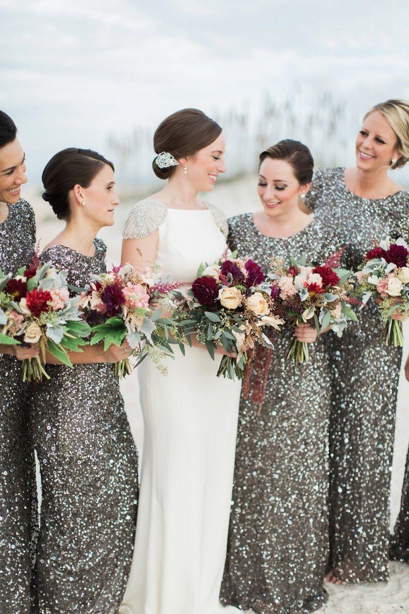 modelo-de-vestido-para-madrinha-de-casamento-prateado
