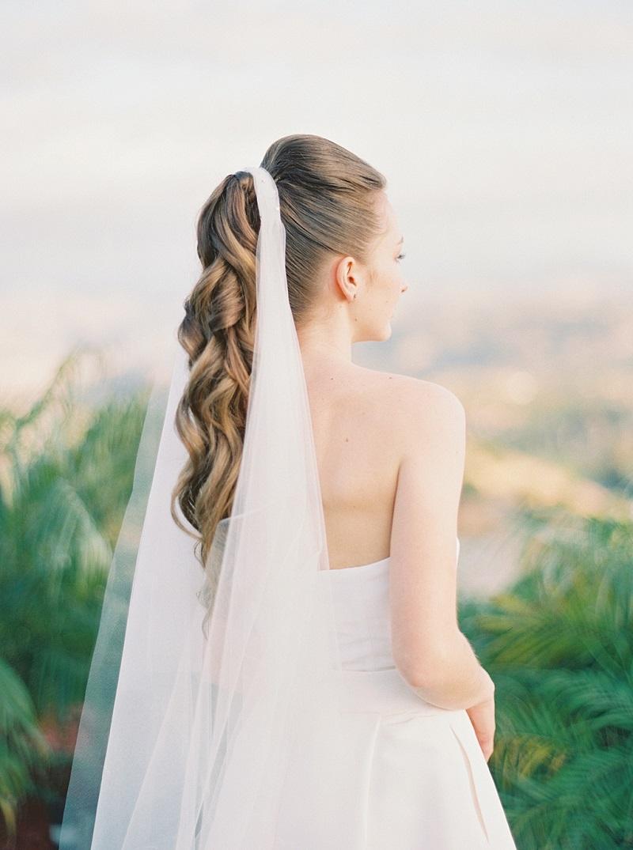 penteados-para-noivas-com-véu