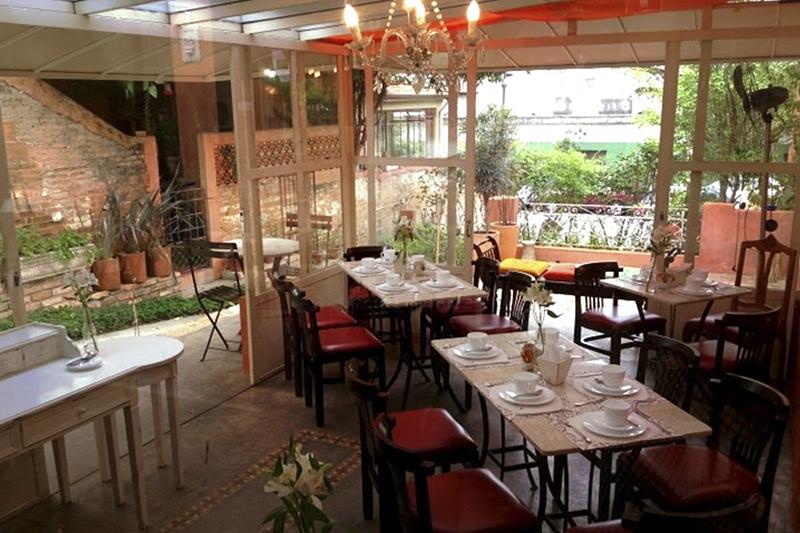 restaurante para casamento em são paulo _ flores na varanda