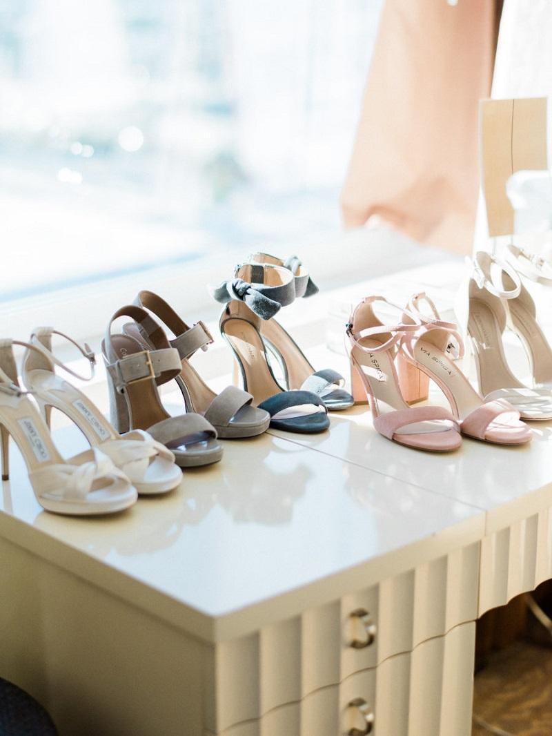 sapatos-com-salto-grosso