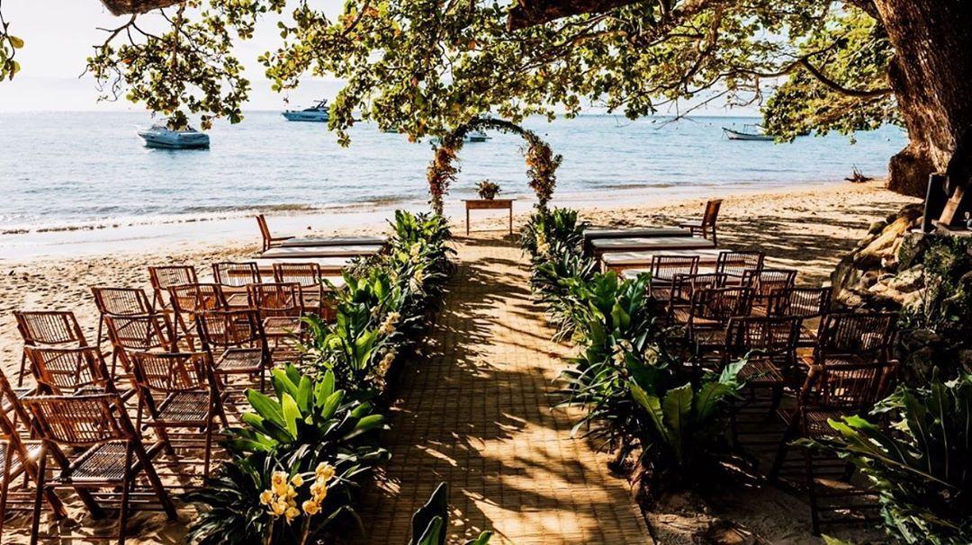 espaço para casamentos na praia