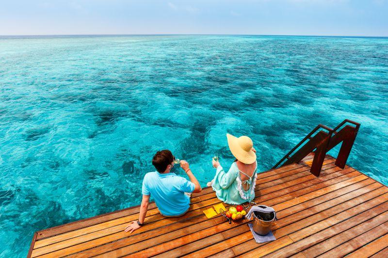 casal-em-lua-de-mel-nas-ilhas-maldivas