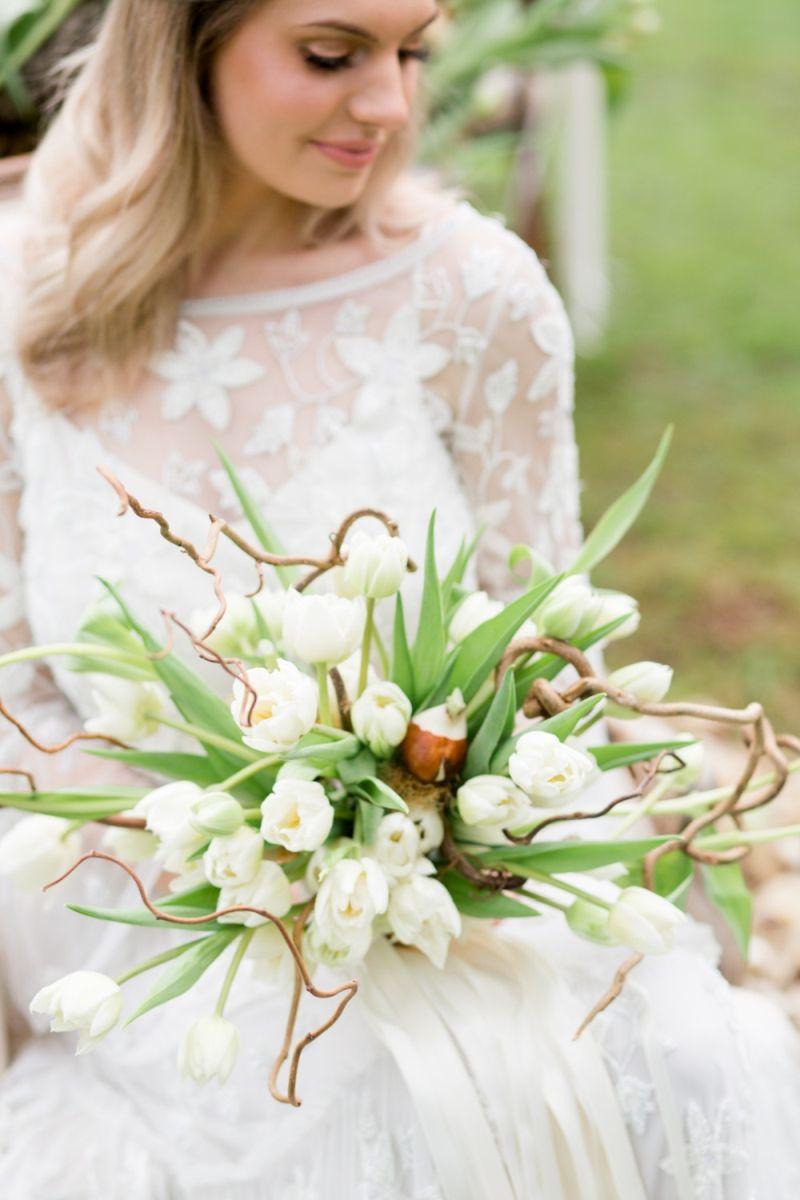buquê-de-tulipas-brancas