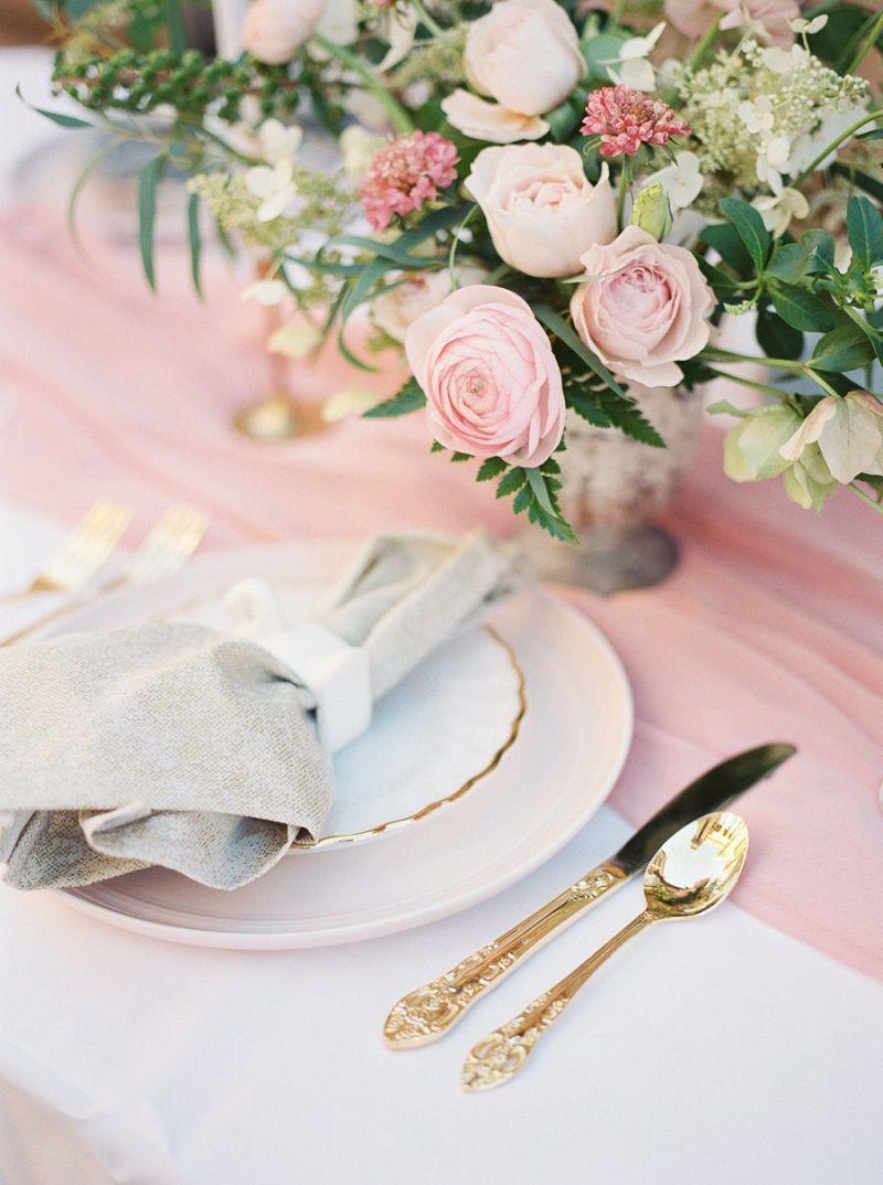 decoração-de-casamento-rosé-e-dourado