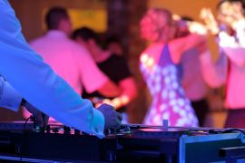 Músicas para casamento 2020 | 30 ideias para a playlist!