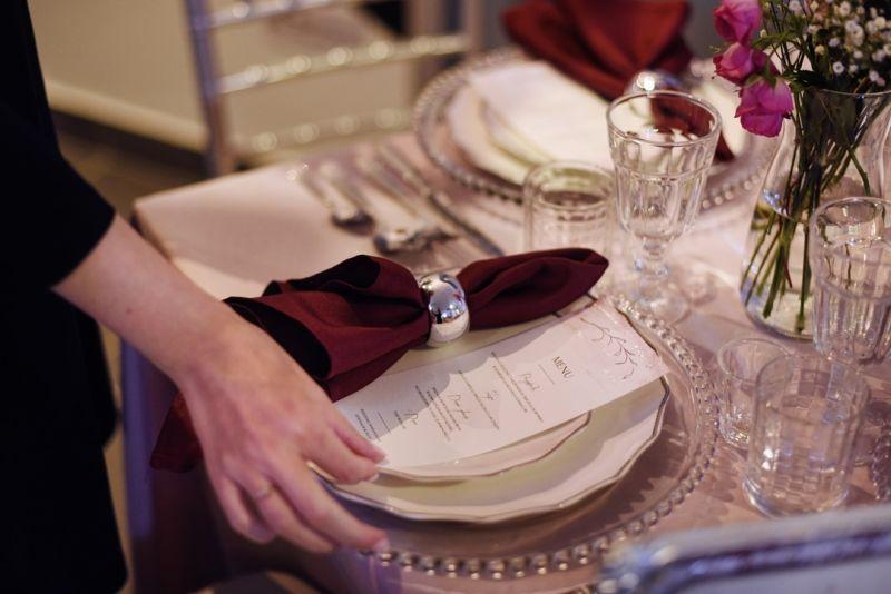 porta-guardanapo e papelaria do casamento