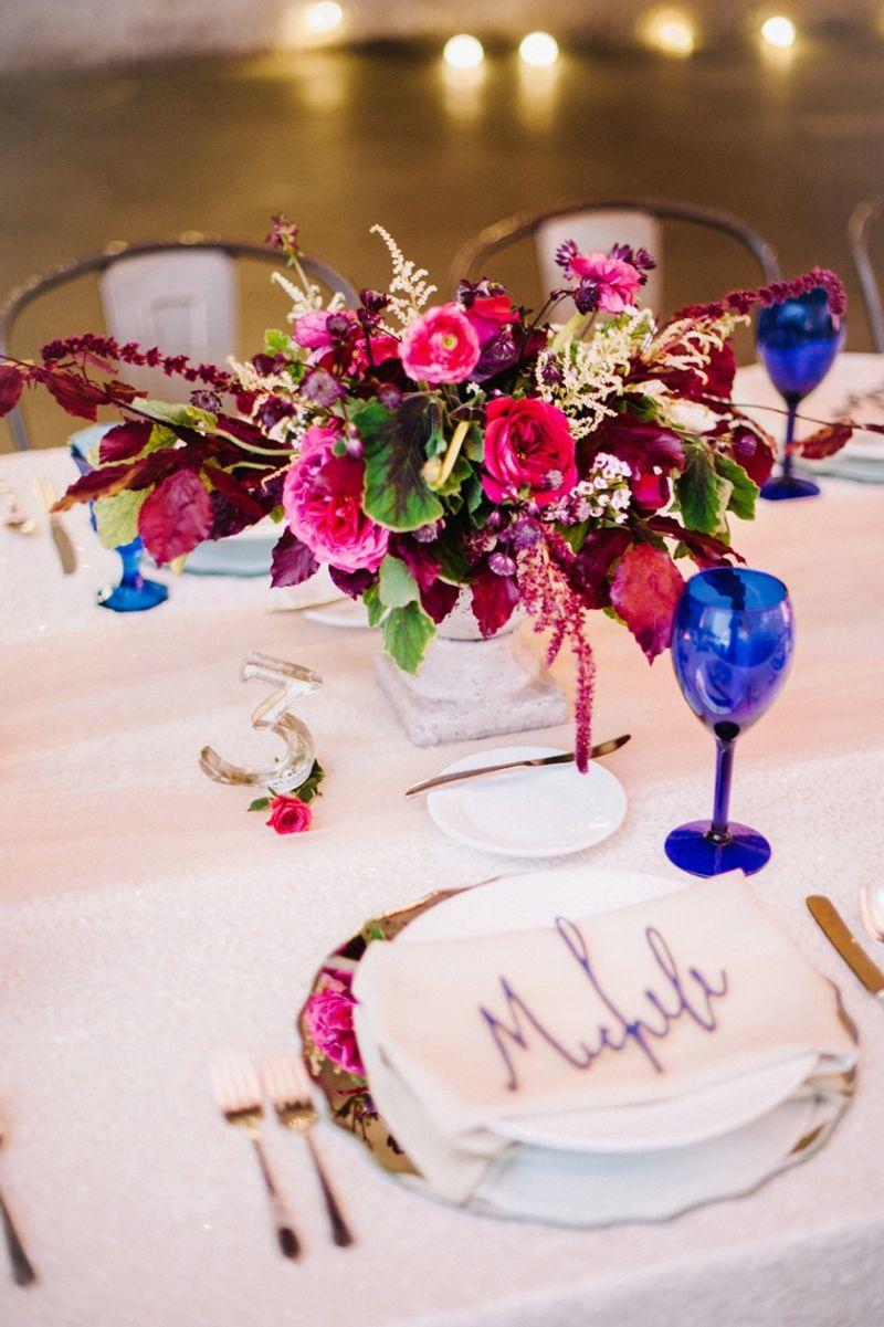 decoração-azul-e-marsala