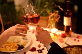 12 Restaurantes com delivery para comemorar o Dia dos Namorados