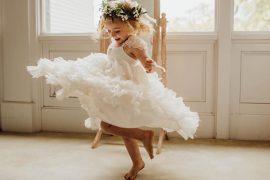 Vestido para daminha | 10 lojas nacionais para encontrar o modelo ideal