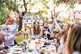 Como comemorar o noivado em casa?
